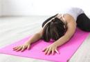 어깨가 결리고 아플 때 효과 좋은 요가. 하루에 10분 만 투자하세요.